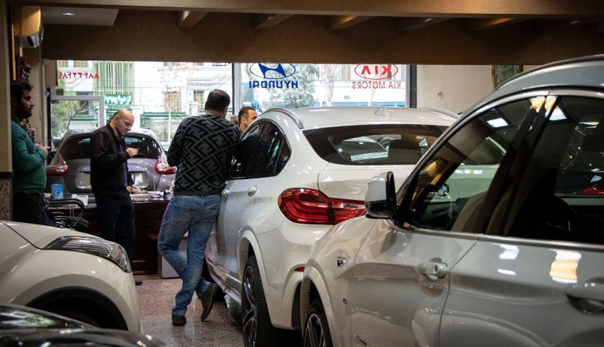 اتفاق شوکه کننده در بازار خودرو  قیمت ها بالا کشید
