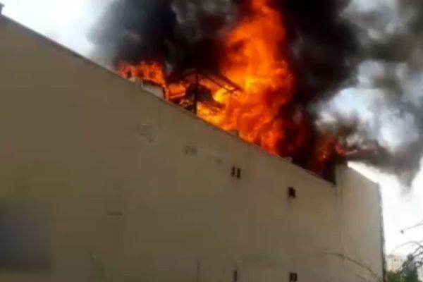 فیلم و عکس از آتشسوزی هولناک در اطراف میدان حر