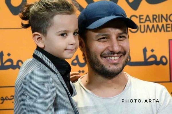 جواد عزتی : زیر 7 تا بچه اصلا فایده نداره + ویدئو