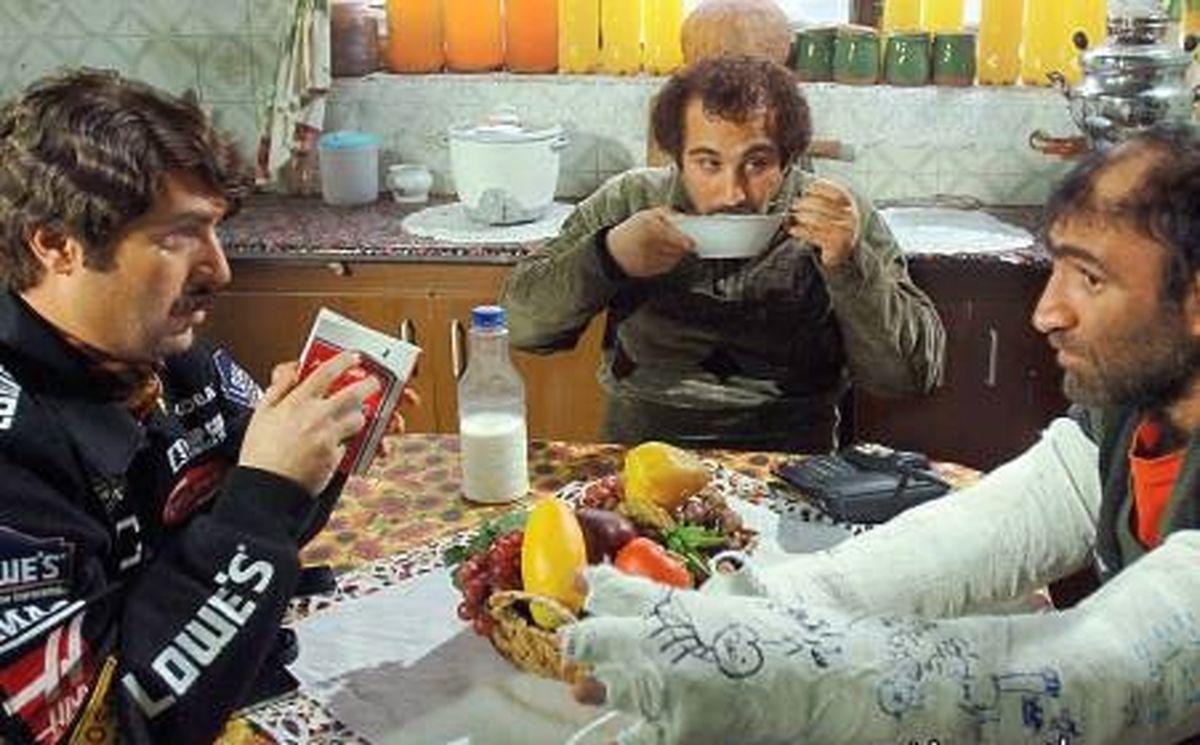 بازیگر سریال پایتخت واکسن ایرانی کرونا زد