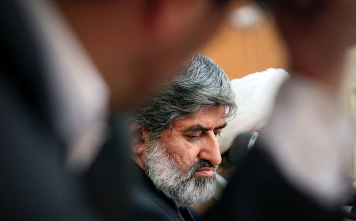 انتقاد شدید علی مطهری از رفتار دولت در ماجرای بنزین