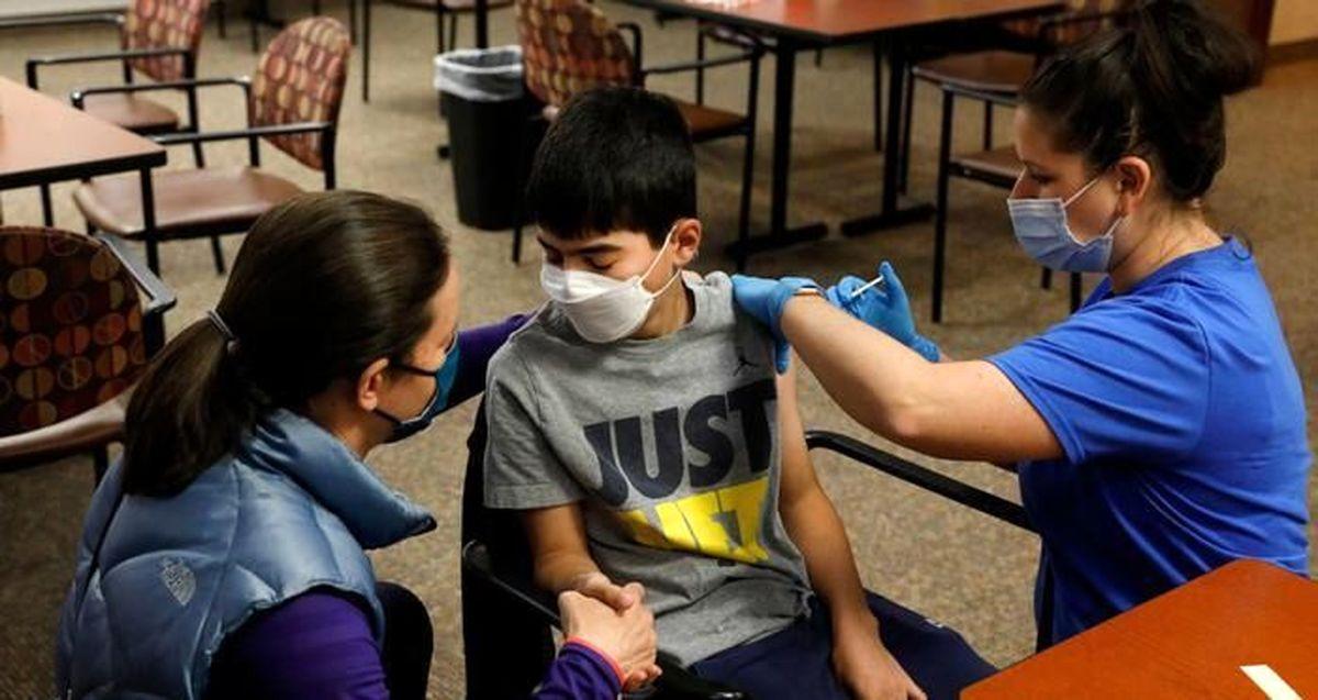 واکسیناسیون دانش آموزان از نیمه دوم مهر ماه آغاز می شود + جزئیات