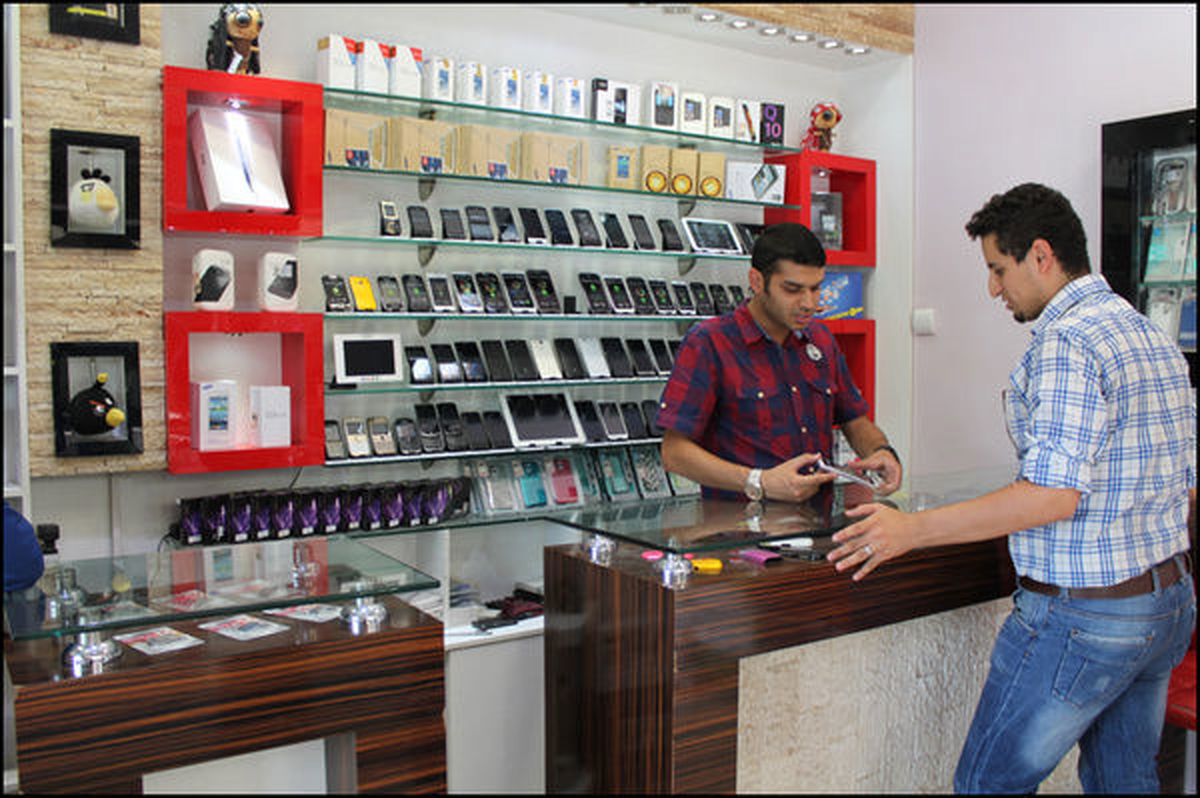 قیمت گوشی موبایل در بازار امروز ۲ خرداد ۱۴۰۰ / کاهش بی سابقه قیمت گوشی