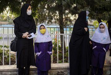 ممنوعیت کارنامه دانش آموزان به مادران حقیقت دارد؟+ جزئیات