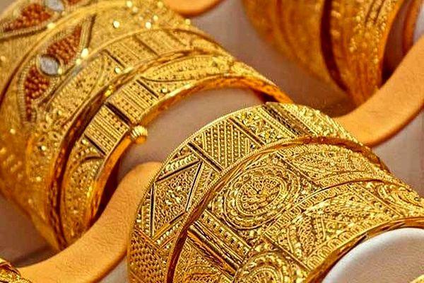 قیمت سکه و طلا امروز پانزدهم اسفند 99 / ریزش طلا و نا امیدی سکه بازان + جدول