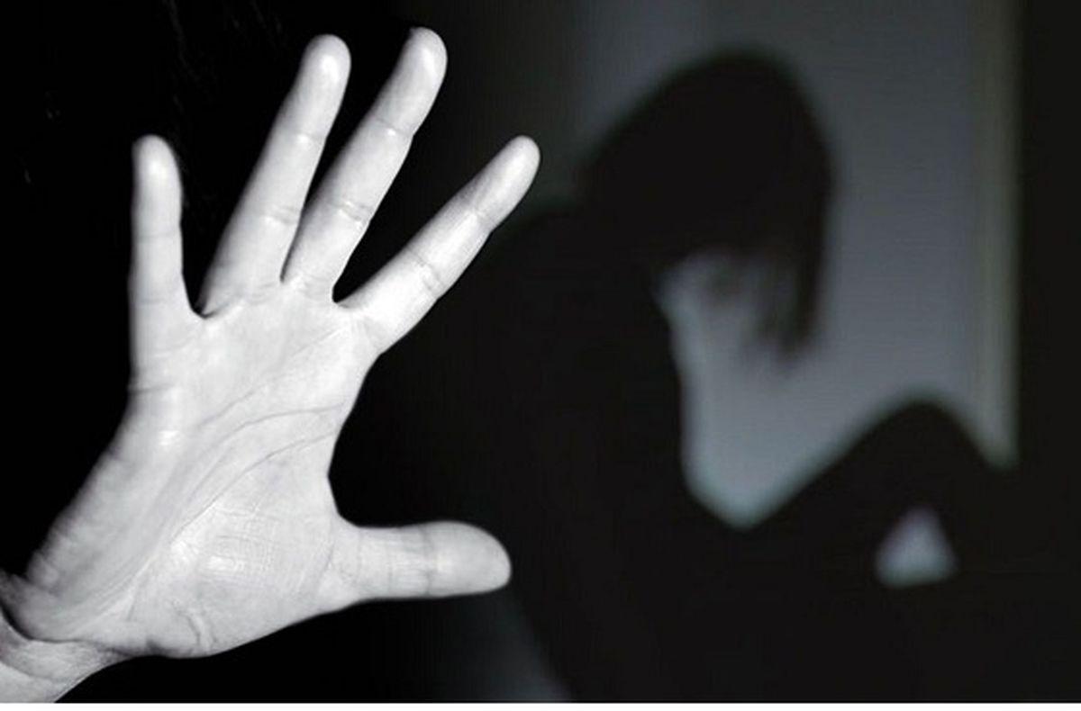 تعرض به دو دختر در سوپر مارکت / هردو را برهنه کرد + جزئیات هولناک
